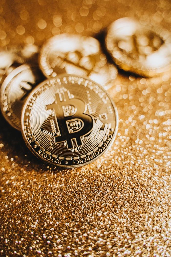 Hoe kun je Bitcoins verkopen en waarom zou je dat doen?